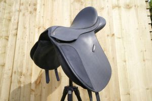 Wintec saddle 03 by SWAT-Strachan