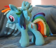 Rainbow Dash by StitchCometCreations