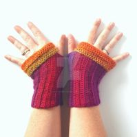Corrugated Fingerless Gloves: Prototype 1 by FearlessFibreArts