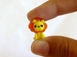 Polymer clay lion :3 by AlphaChoconess95