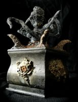 cthulhu urn 1 by FraterOrion
