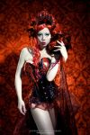 The portrait: Queen of Hearts by Ophelia-Overdose