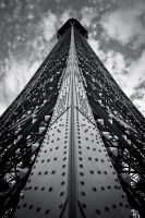 Up Eiffel by lordofthestrings86