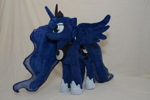 Princess Luna Alternate View by makeshiftwings30