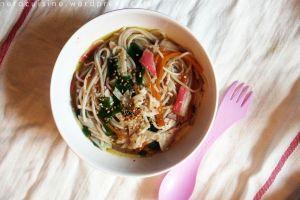 Rice Noodle Soup with Surimi by oskila