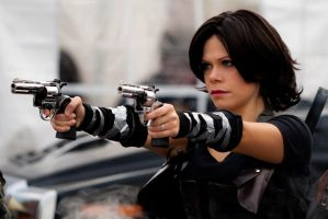 Resident Evil : Afterlife by YumeKimino