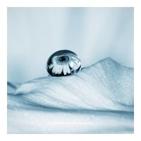 The Impenetrable Bubble by hexdeflective