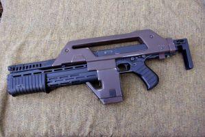 Airsoft pulse rifle, left side by Matsucorp