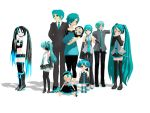 Family Photo Series (Hatsune Family) by HallloweenKatt