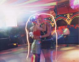 while the others dance by Keaphoto