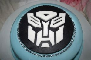 Transformers Cake by 99girls