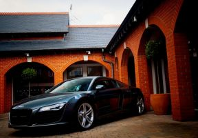Audi R8 - Daytona Grey Pearl by TVRfan