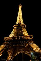 Paris by night by Maiween