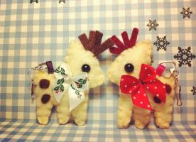 Reindeer Plushies by Tammyyy