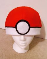 Pokeball Hat by Red-Flare