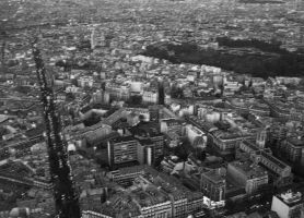 Paris from the sky by DrakseidFM