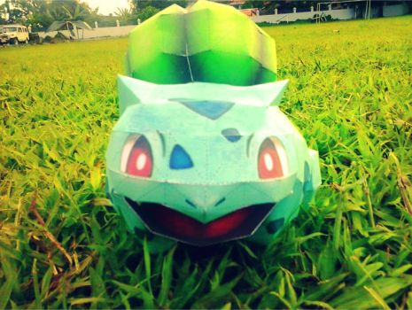 001 Bulbasaur Papercraft by jampertz