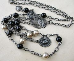 MILAGRO NECKLACE by ArteDeMiFamilia