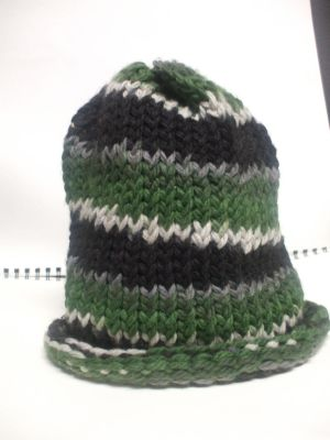 Slouchy Tricolor Spiral by LaughingAndroid