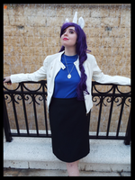 (MLP) Ms.Rarity Cosplay by KrazyKari
