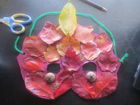 i made a leaf mask by 0Duckie0