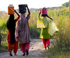 Girls carrying water.. by olaye