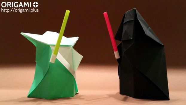 Origami Yoda and Darth Vader lightsaber duel by origamiplus