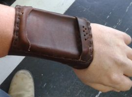SmartPhone bracer by gmagdic