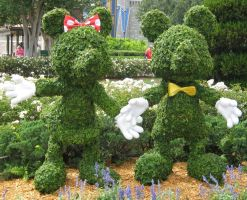 Mickey and Minnie Topiaries by fuzzyslipperlogic