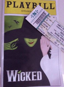 NYC BU: I feel... WICKED! by KwaziiCat