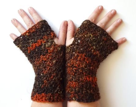 Copper and Earth Gloves by FearlessFibreArts
