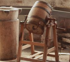 Butter Churn by Vincent-Malcolm
