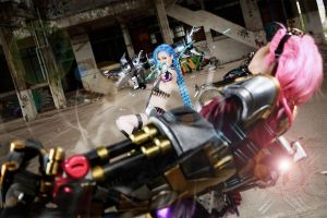 Jinx_League of Legends by AMPLE-COSPLAY
