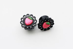 Strawberry Plugs Close Up by magic-circle
