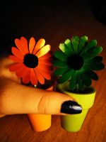 Recycled Soda Can Daisies Size by Christine-Eige