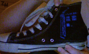 Tardis shoe by Zizzorhands