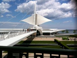 Milwaukee Art Museum by scynthias
