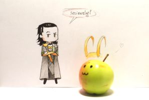 Fangirls love apples :D by kleineHerz
