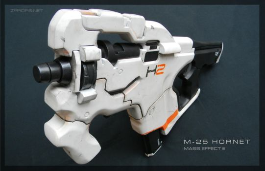 Mass Effect 3 M-25 Hornet by zanderwitaz