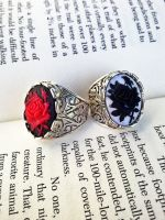 Red Rose Black Rose Cameo Ring by Applebitejewelry