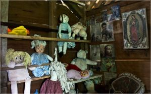 doll house by William-Cordero