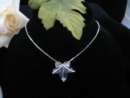 Ivy Leaf Necklace by camias