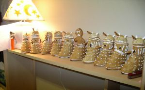 Gingerbread Daleks 2. by wulfae