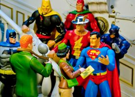 A Daily Planet Exclusive From JSA Manor by Batced