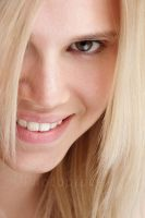 sonja smiles by photoplace