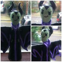 Maleficent Sculpt by hamsternio