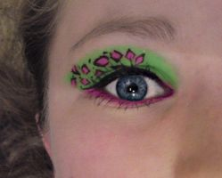 neon eye makeup by MyBlackSunset