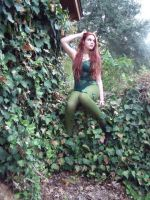 Poison Ivy by Taylorinchains