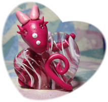 Sweetheart Dragon by SmilingMoonCreations