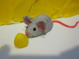 chocolate mouse close-up by recycledrapunzel
